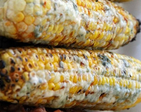 Buffalo & Blue Cheese Corn On The Cob