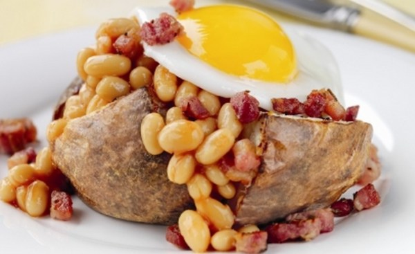 Jackets with Baked Beans, Pancetta and a Fried Egg