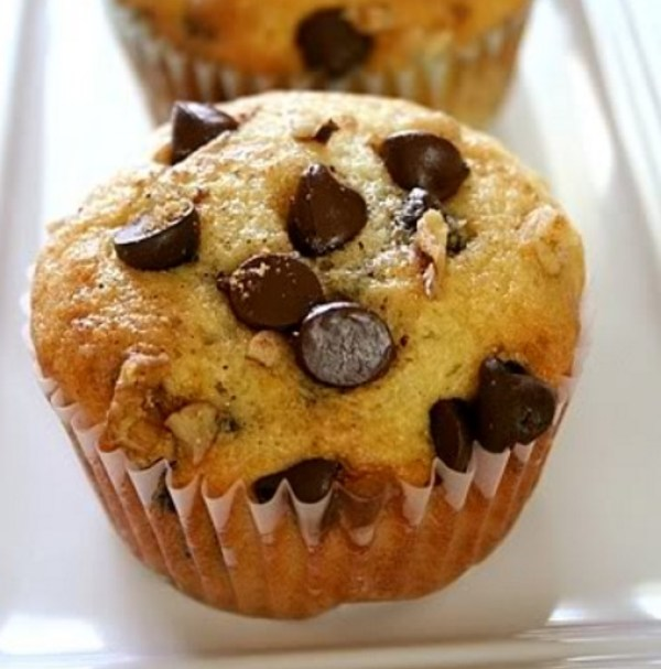 Chocolate Chip & Walnut Muffins