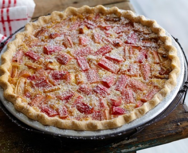 Rhubarb & Custard Pie