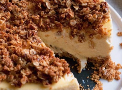 Sweet oat cheesecake