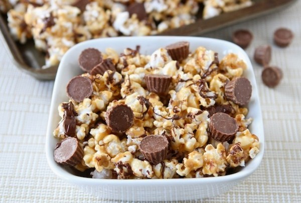 Reeses Peanut Butter Cup Popcorn