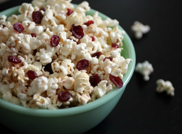 Homemade Buttered Rum and Cranberry Popcorn
