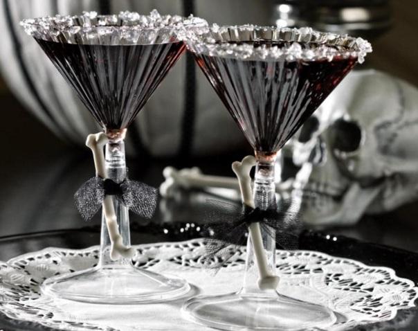 Bone-Chilling Black Martini