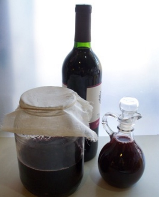 Homemade Red Wine Vinegar