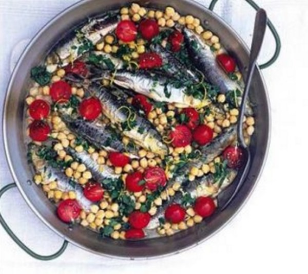 Sardines With Chickpeas & Parsley