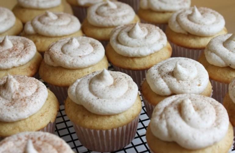 Eggnog Christmas Cupcakes