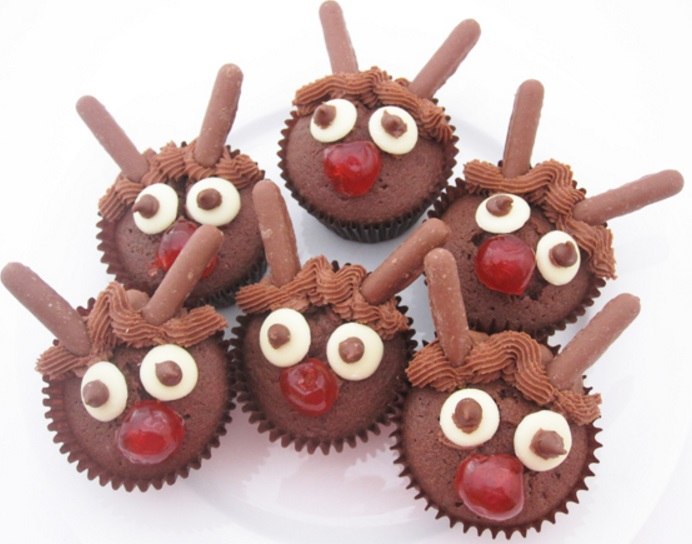 Chocolate Reindeer Christmas Cupcakes