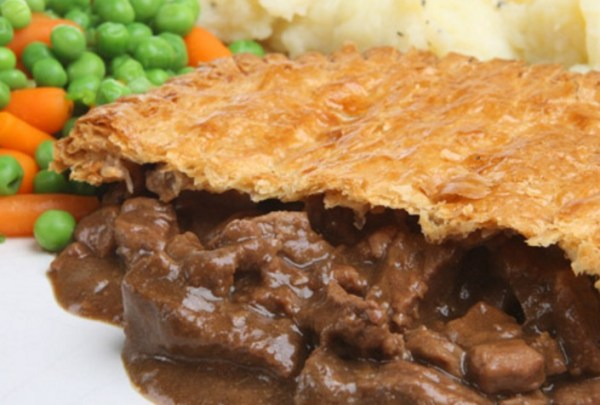 Beef Braising Steak, Mushroom & Red Wine Pie