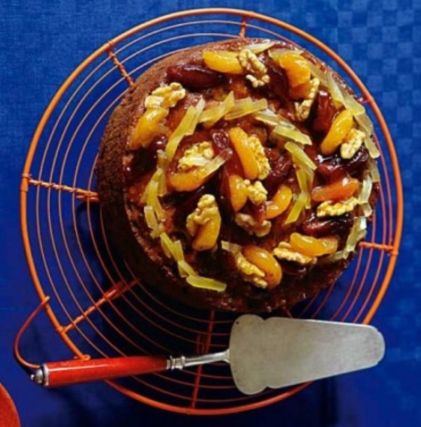 Apricot And Ginger Fruitcake