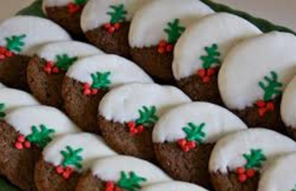 Christmas Pudding Gingerbread Cookies
