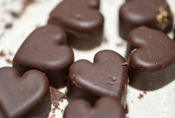 Paleo Caramel Chocolate Candies