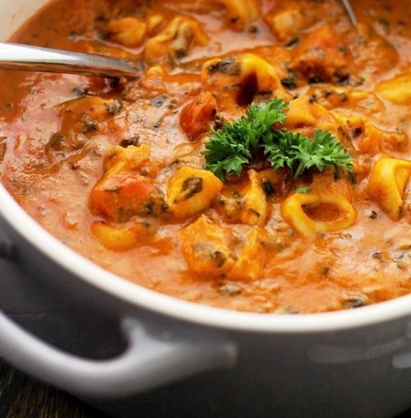 Spinach Tortellini Tomato Soup