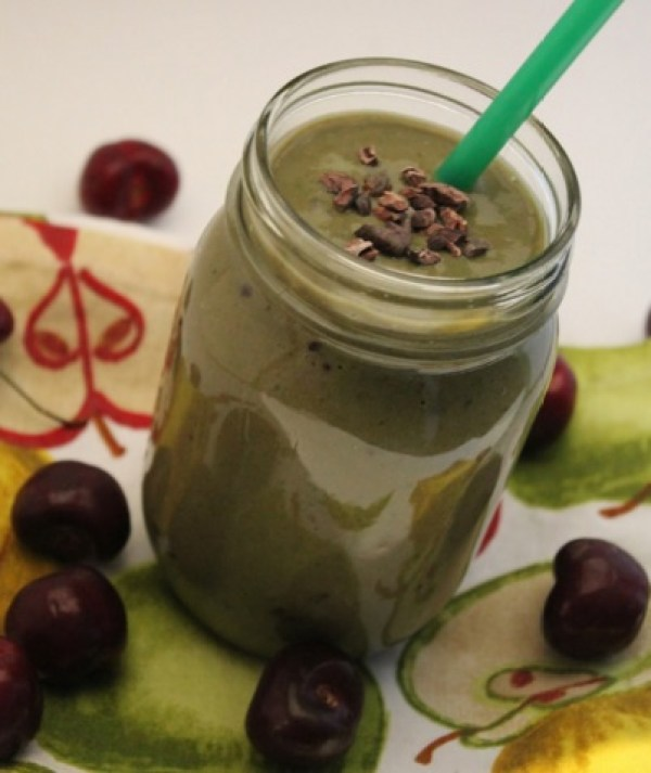 Chocolate & Cherry Green Smoothie