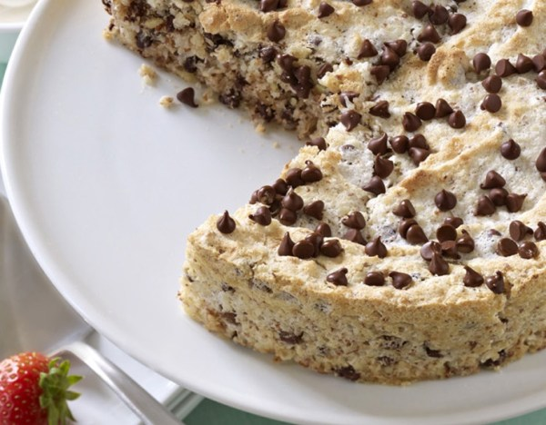 Chocolate Chips & Almonds Coconut Torte