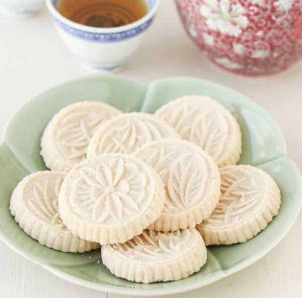Chinese Macau Almond Cookies