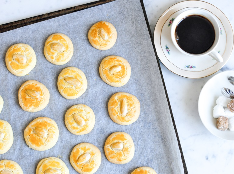 Chinese Almond Butter Cookies
