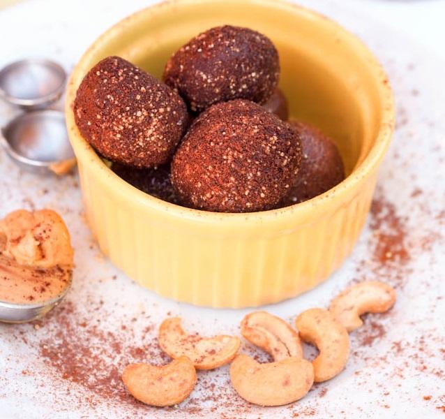 Honey & Chocolate Cashew Truffles