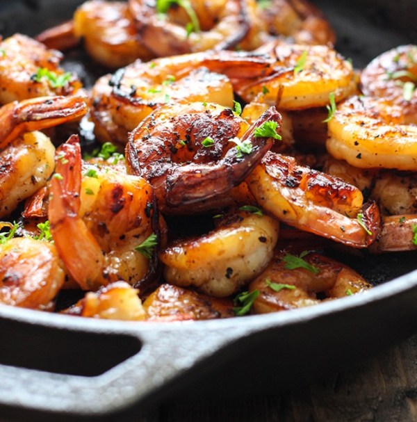 Honey & Garlic Shrimp Skillet