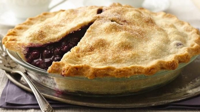Traditional Blueberry Pie