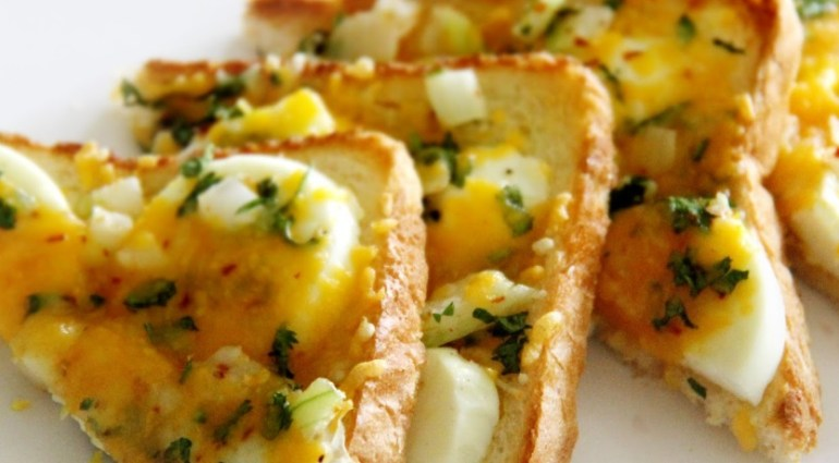 Egg & Cheese on Toast
