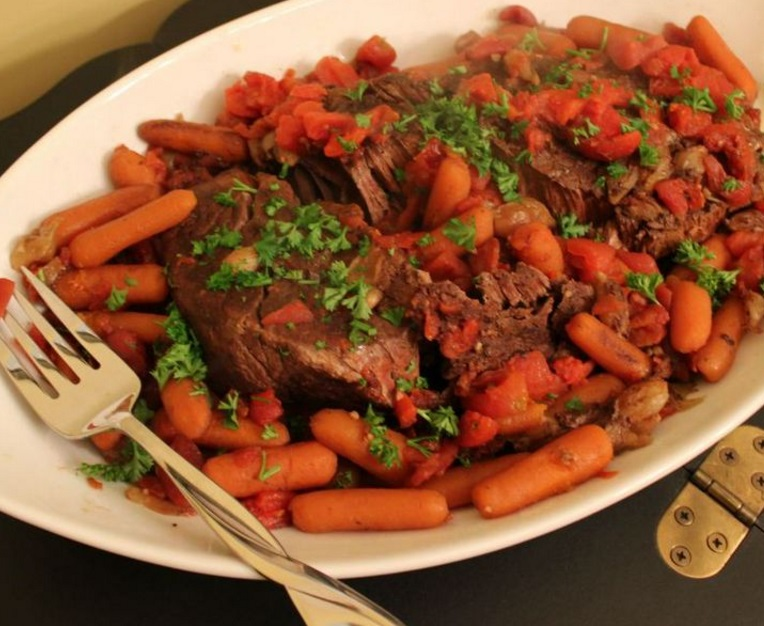 Slow Cooked Red Wine Pot