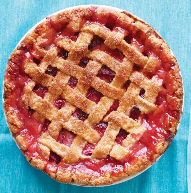 Classic Strawberry & Rhubarb Lattice Pie
