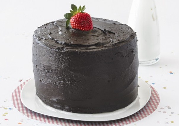 Strawberry Chocolate Pecan Torte