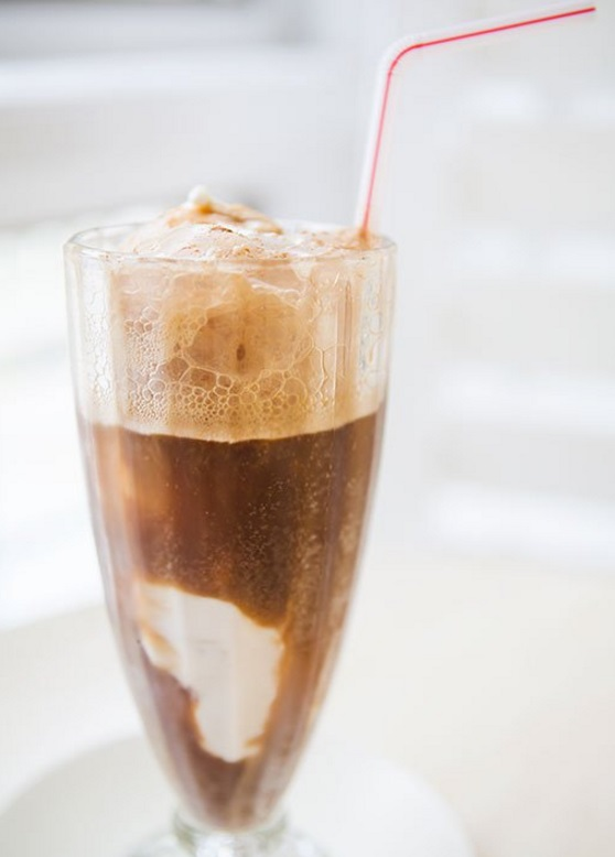 Classic Root Beer Float