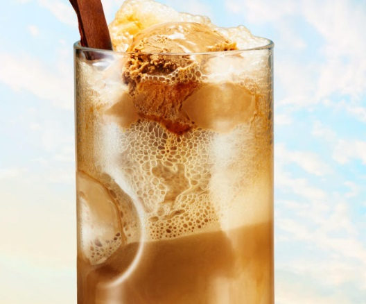 Caramel and Root Beer Float