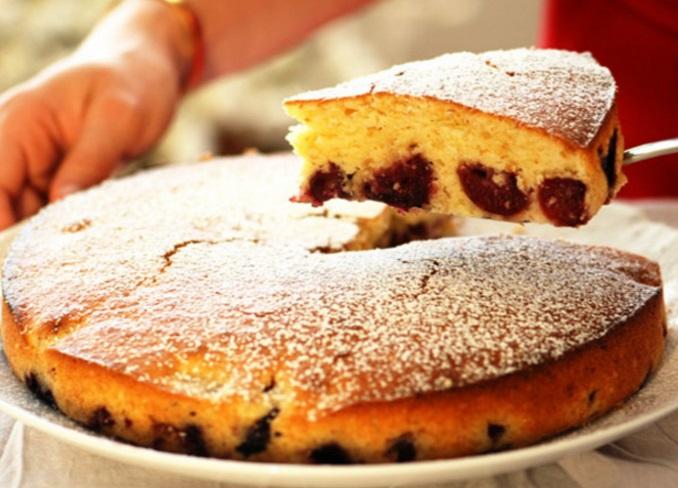 Tartouillat (Cherry and Rum Cake)