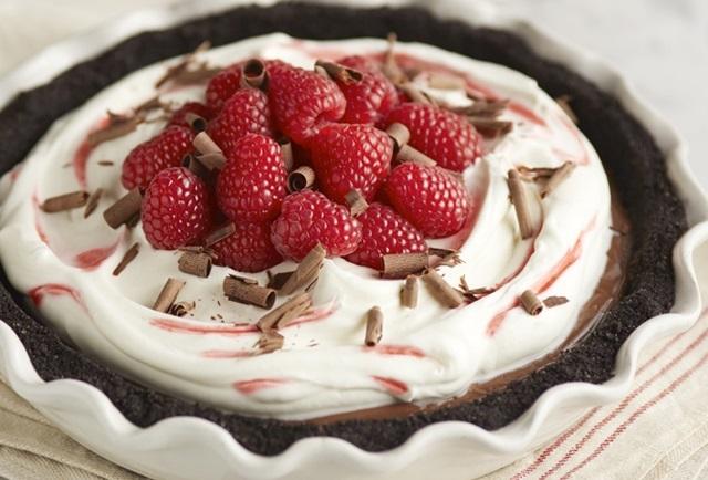 Dark Chocolate & Raspberry Cream Pie