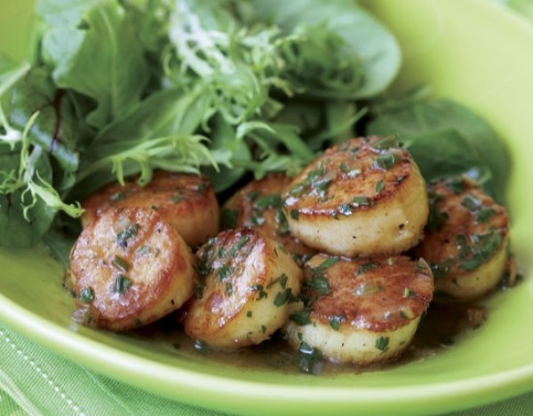 Seared Scallops with Herb-Butter