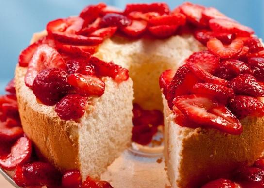 Passover Orange Angel Food Cake with Strawberries