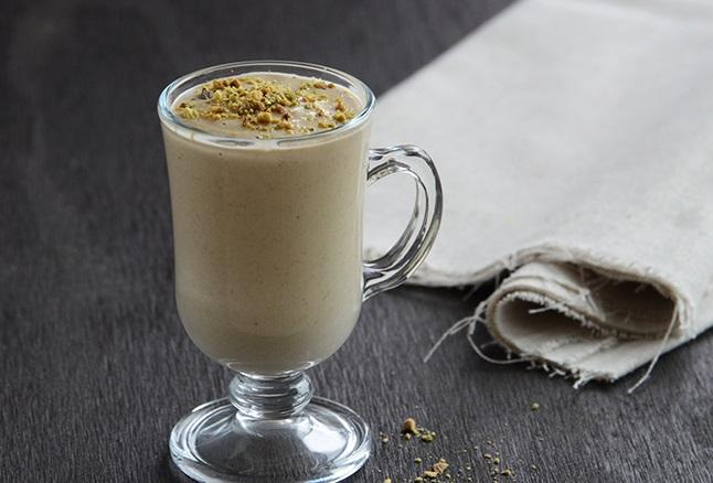 Creamy Vanilla & Pistachio Drink