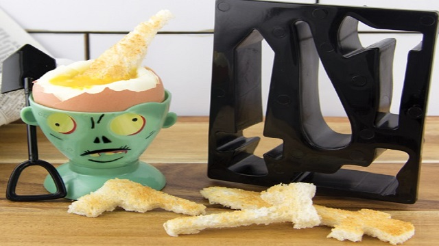 Top 10 Novelty and Unusual Egg Cup And Toast Cutter Sets