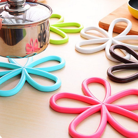 Flower-Shaped Anti-Slip Sauce Pan Mat