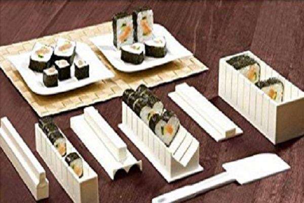 10 Pieces Sushi Maker Kit by UCA
