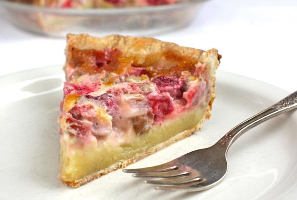 Rhubarb-Raspberry Cream Pie