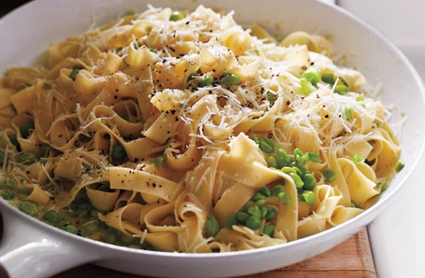 Mashed Peas and Pecorino Tagliatelle
