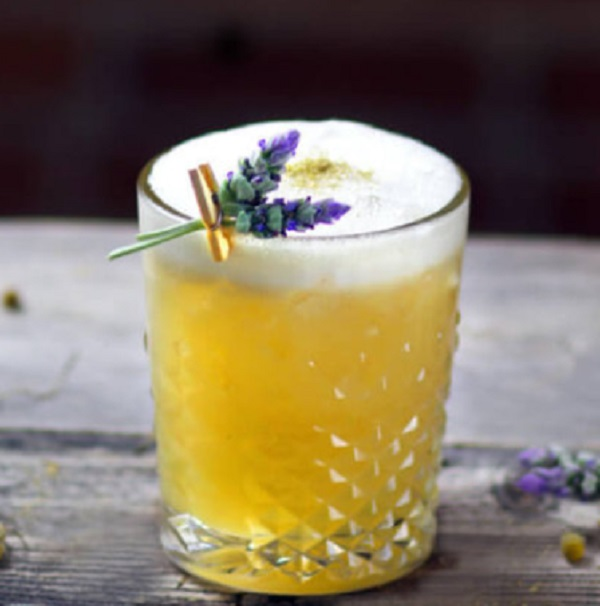 Irish Chamomile Sour