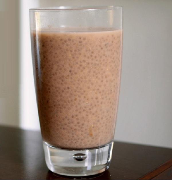 Healthy Chocolate Chia Milk
