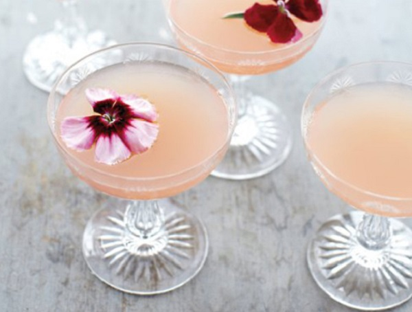Skinny Lillet Rose Cocktail