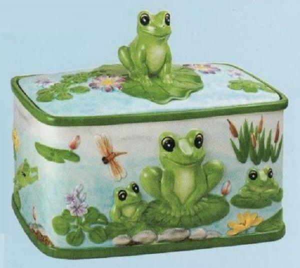 Ceramic Frog Scene Bread Bin