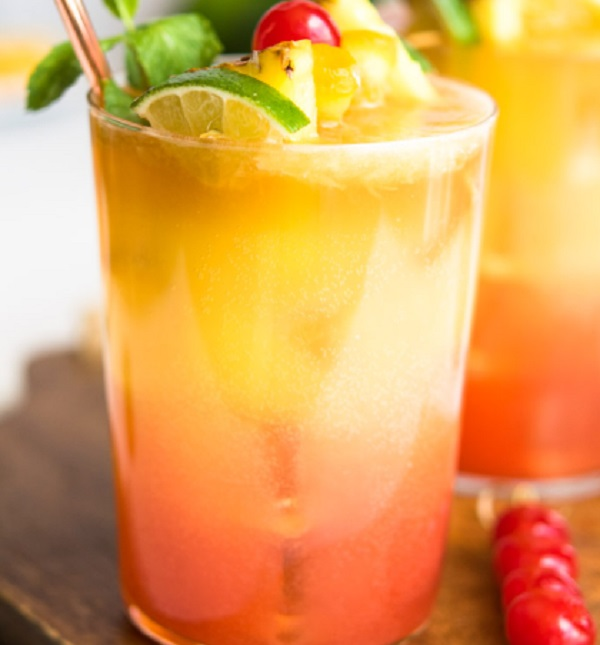 Planters Punch Tropical Cocktail
