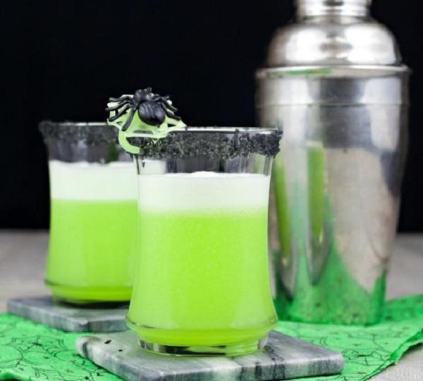 Hawaiian Black Lava Cocktail
