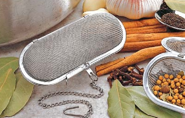 Stainless Steel Cage Herb and Spice Infuser