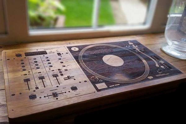 DJ Mixer + Turntable Chopping Board