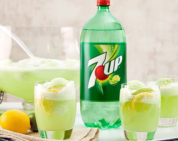 7UP Apple Pie Punch