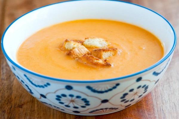 Easy Creamy Vegetable Soup